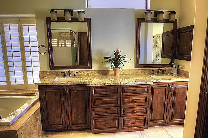 Bathroom remodeling gallerykitchen and bathroom design for Custom bathroom cabinets