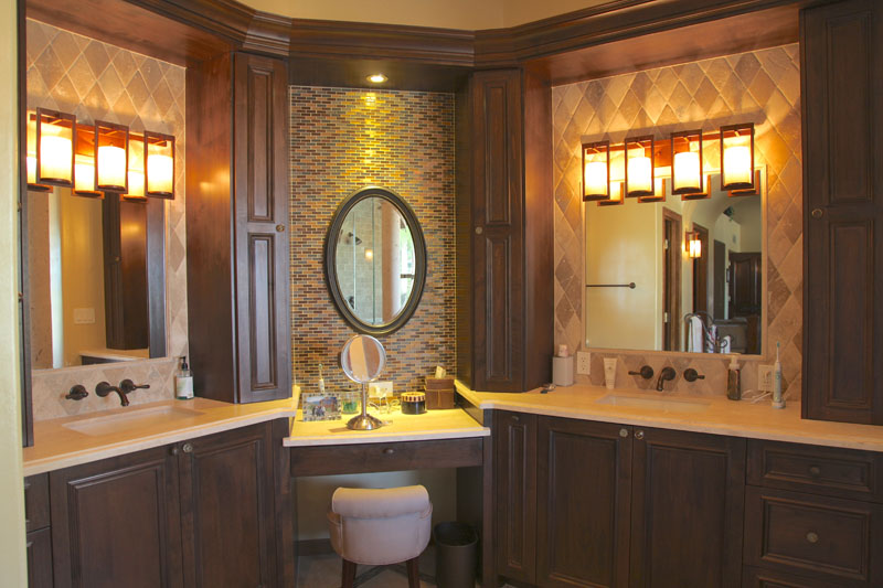 Stunning Bathroom Vanity with Makeup Area 800 x 533 · 117 kB · jpeg